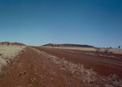 Open spaces and clear skies are a feature of the Muttaburra district. Most of the Muttaburra country is black soil Mitchell grass plains.