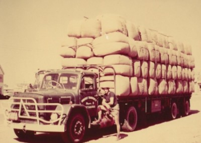 Somerset Transport Wool Truck