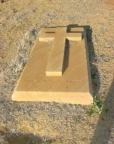 1426126598_roxby-grave.jpg