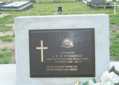 Leonard Fitzgerald 12/04/1932 - 11/03/2009