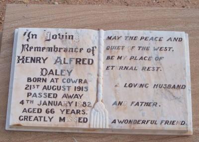 Henry 'Bud' Daley 21/08/1915 - 04/01/1982