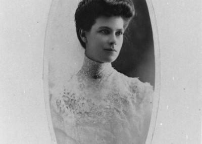 Laura Weir