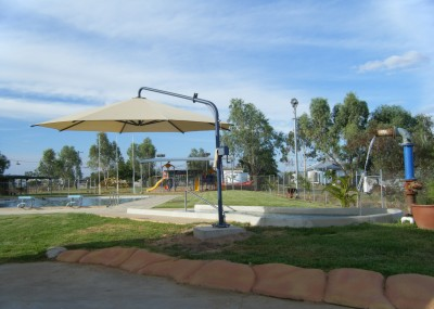 Muttaburra Pool Area